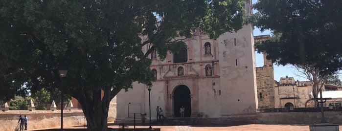 Iglesia de San Jerónimo Tlacochahuaya is one of Posti che sono piaciuti a Guillermo.