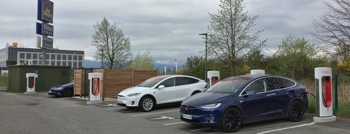 Tesla Superchager Archamps is one of Superchargeurs Tesla en France.