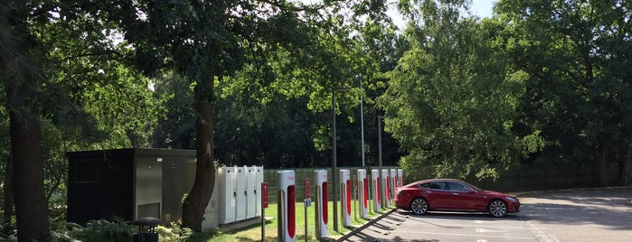 Tesla Supercharger Rouen is one of Superchargeurs Tesla en France.