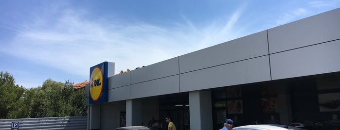 Lidl is one of Chios.