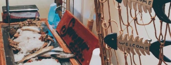 Sinyar SeeFood | مطعم سنيار للمأكولات البحرية is one of Munira'nın Beğendiği Mekanlar.