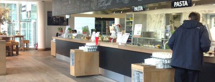 Vapiano is one of Locais salvos de Didem.