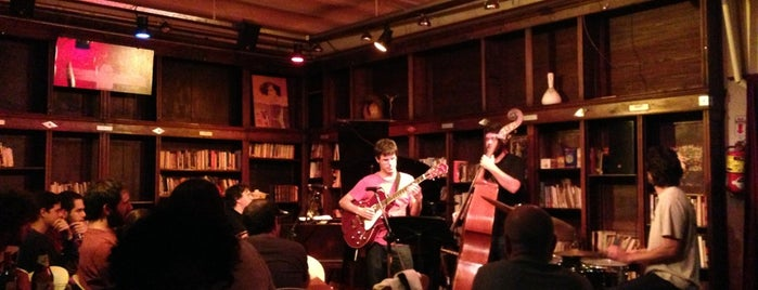 La Biblioteca Café is one of Jazz@Baires.