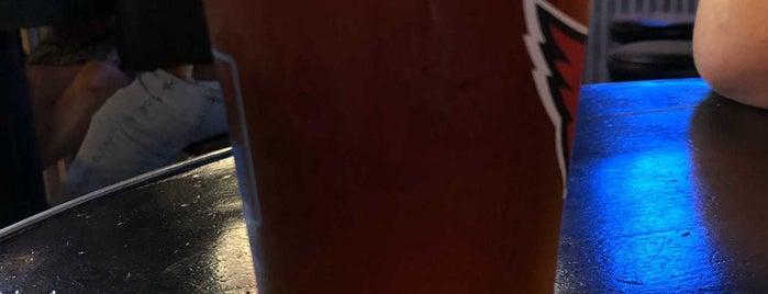 Cactus Tavern is one of Posti che sono piaciuti a Chuck.