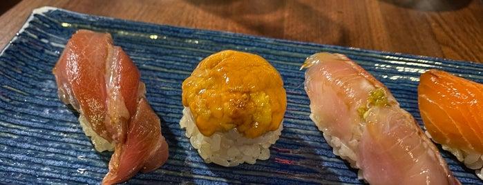 Sushi Hon is one of Posti salvati di Karen.