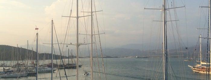 Alesta Yacht Hotel is one of Ali Tayland 님이 좋아한 장소.