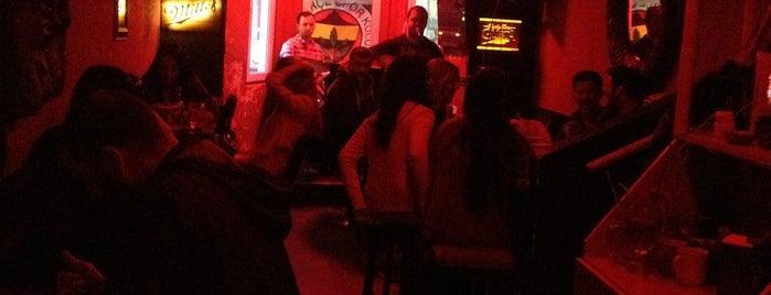 Dar Sokak Cafe & Bar is one of Posti che sono piaciuti a ..
