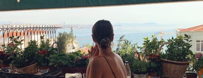 Demeti is one of Long weekend in Istanbul.