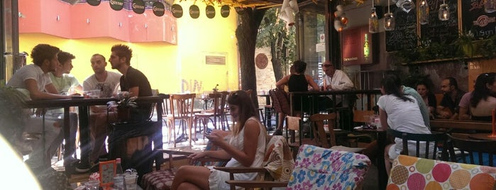Ruin Bar - Mon Cheri is one of Quza-Fly Prishtina.