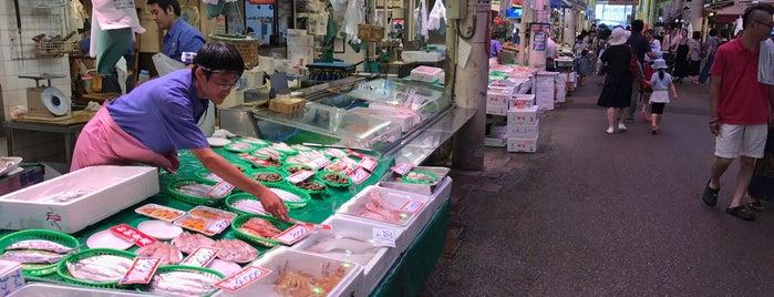 Omicho Market is one of Orte, die Eric gefallen.