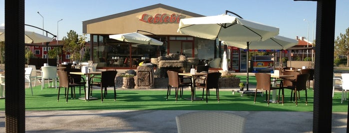 Leblebi Cafe Bistro is one of Posti che sono piaciuti a Arzu.
