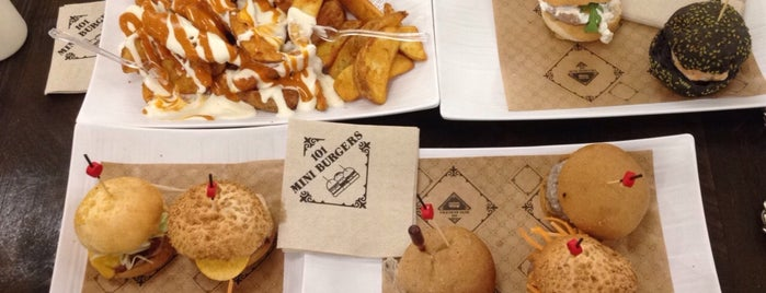 101 mini burgers is one of Barcelona centre pendent.
