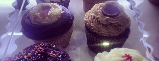 Xtreme Desserts is one of Lugares guardados de Scott Kleinberg.