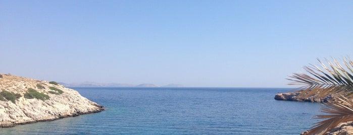 Ξύλινο - Λιμανάκια 2 is one of Best places Summer.
