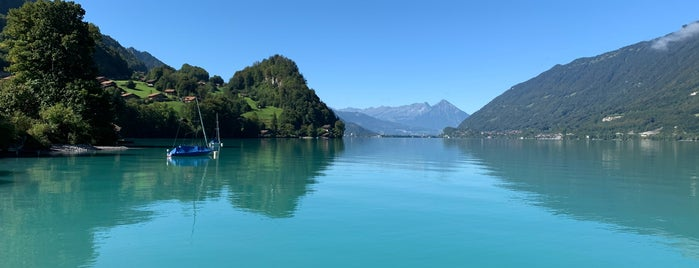 Lake Brienz is one of world travel.