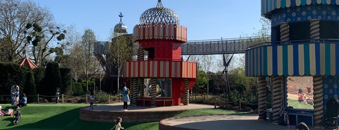 The Magic Garden is one of UK without resturants.
