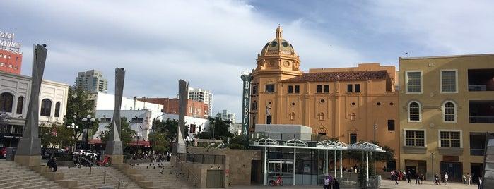 Horton Plaza Park is one of Lugares favoritos de Sergio M. 🇲🇽🇧🇷🇱🇷.