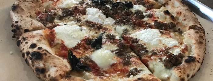 Antico Pizza Napoletana is one of Atlantaさんの保存済みスポット.