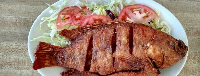 La Fe Restaurant is one of Posti che sono piaciuti a Erik.