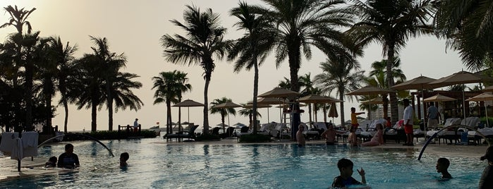 Four Seasons Resort is one of Dubai's must places.