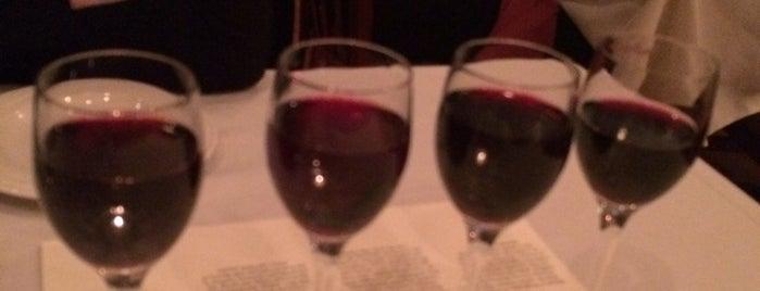 Truffles Grille & Wine Bar is one of Lugares favoritos de Aleece.