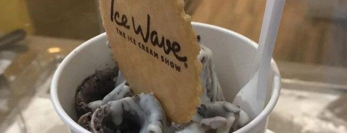 Ice Wave - The Ice Cream Show is one of Orte, die Martina gefallen.