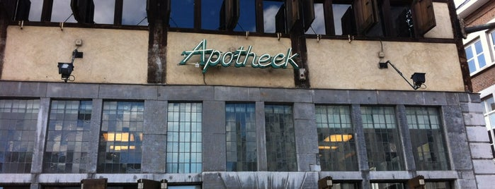 Goed apotheek is one of สถานที่ที่ Thomas ถูกใจ.