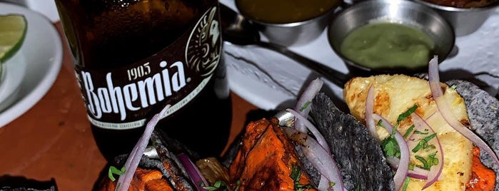 La Gloria - Cantinera Mexicana is one of Posti che sono piaciuti a Eduardo.