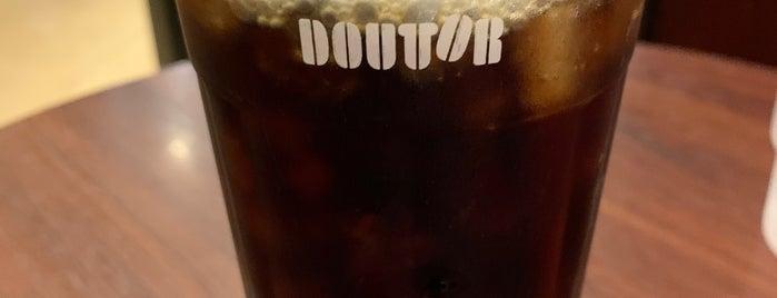 Doutor Coffee Shop is one of Masahiro'nun Beğendiği Mekanlar.