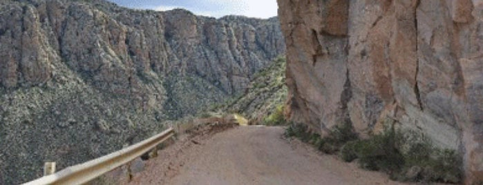 Apache Trail is one of Places I want to go.