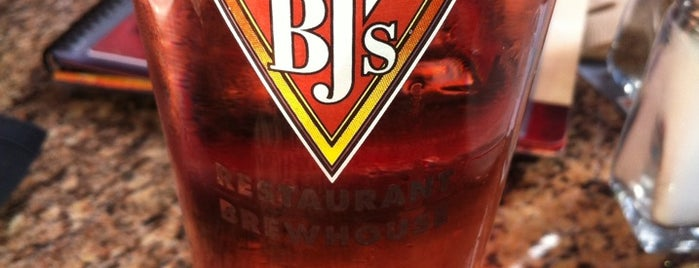 BJ's Restaurant & Brewhouse is one of San Diego Breweries.
