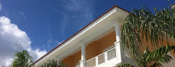 Luxury Bahia Principe Green is one of Alejandraさんのお気に入りスポット.