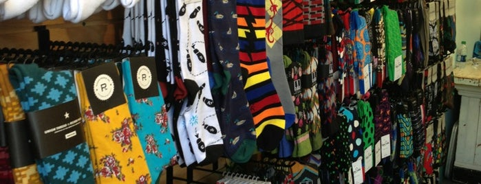 Sockshop Haight Street is one of Coolplaces San Francisco.