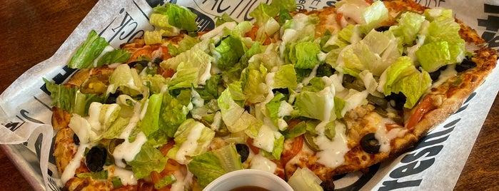Pizza@HammockLanding is one of Michael : понравившиеся места.