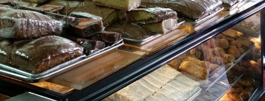 Pacitas Salvadorean Bakery is one of สถานที่ที่บันทึกไว้ของ Abhinav.