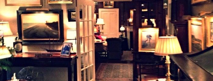The Charlotte Inn is one of MV.