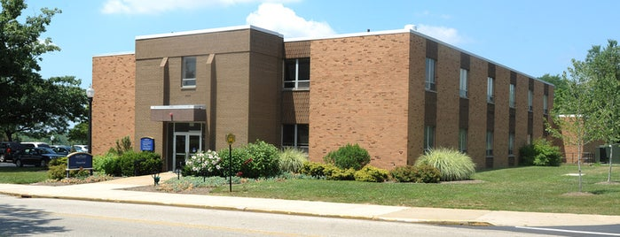Nixson Hall is one of Kent State.