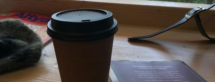 Coffee Charlie is one of Kahveci & Fırın & Çaycı.