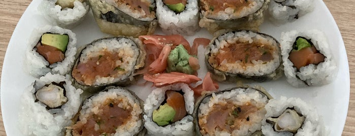 Zen Sushi is one of Damien'in Beğendiği Mekanlar.