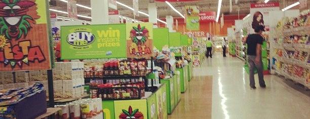 SM Hypermarket is one of Lieux qui ont plu à Deanna.