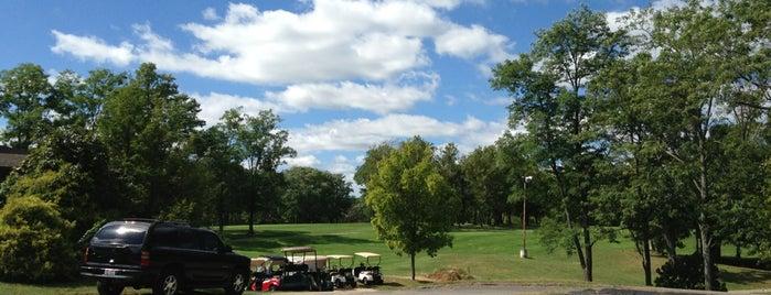 Beech Creek Golf Course is one of Orte, die Scott gefallen.