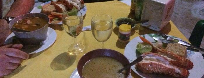 Restaurant Bar Villa Mar is one of Locais curtidos por Ross.