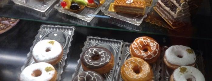 La Pomme Pastries is one of Sofia'nın Beğendiği Mekanlar.