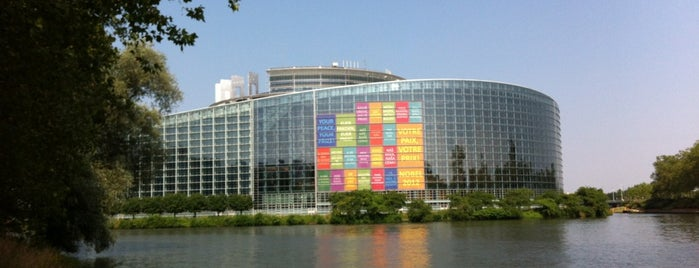 Parlamento Europeo is one of Posti che sono piaciuti a kerry.