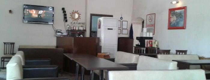 Dünya Cafe is one of Yiğitcan 님이 좋아한 장소.