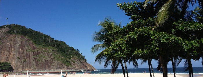 Praia do Leme is one of ERREJOTA.