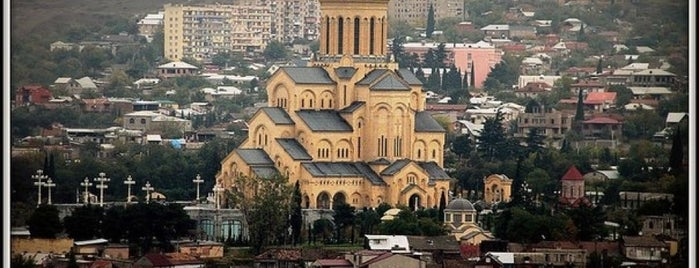 Holy Trinity Cathedral Sameba | სამების საკათედრო ტაძარი is one of Lieux sauvegardés par Galina.
