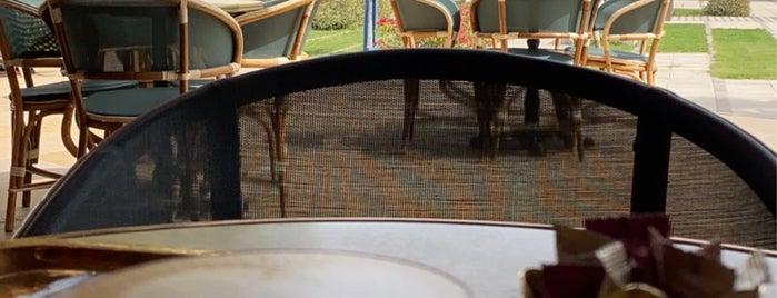Café Lilou - RUW Campus is one of Lugares guardados de Queen.