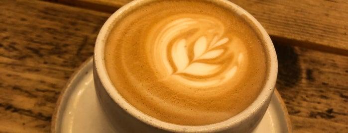 Kafi Cafe is one of Lugares favoritos de David.