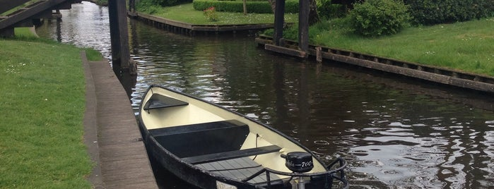 Giethoorn is one of Orte, die Alan gefallen.